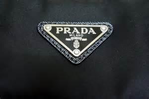 logo Prada