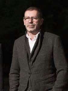 logo Tomas Maier