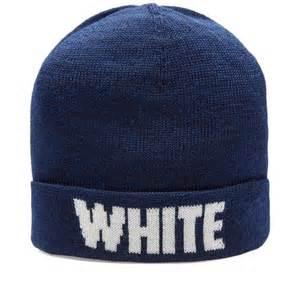 logo White Mountaineering